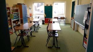 Hausaufgabenzimmer und Bastelzimmer